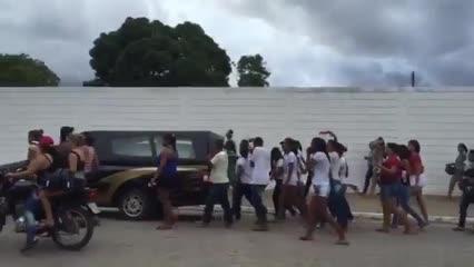 Cortejo fúnebre é realizado ao som de reggae em Arapiraca