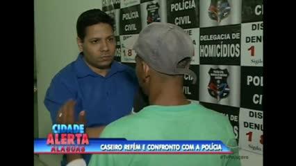 Bandidos fizeram um caseiro refém e trocaram tiros com a polícia