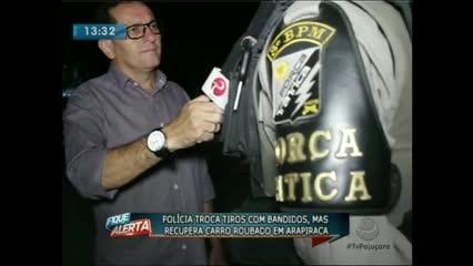 A polícia trocou tiros com bandidos e recuperou um carro roubado em Arapiraca