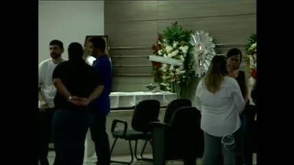Militar achado morto em apartamento na Mangabeiras é sepultado em Maceió