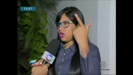 Uma jovem dada como suspeita de assalto a ônibus vem ao Fique Alerta esclarecer um engano
