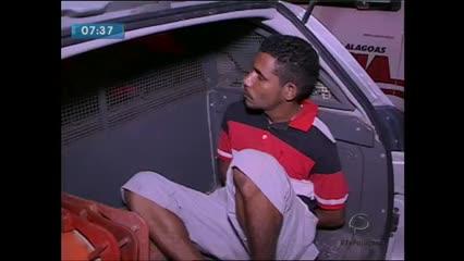 Suspeito de assaltar ônibus foi preso na noite de ontem