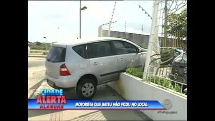 Um acidente de trânsito foi registrado na Avenida Juca Sampaio da tarde desta quarta-feira