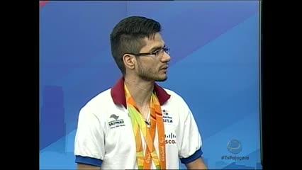 Após as Paralimpíadas Yohansson Nascimento voltou para Maceió com medalhas no peito