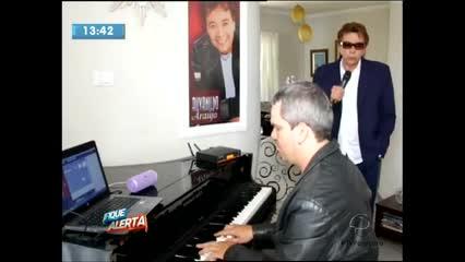 O cantor Alvanildo Araújo fala sobre o seu trabalho no Fique Alerta