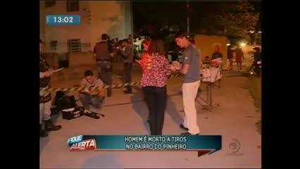 Um homem foi morto a tiros no bairro do Pinheiro