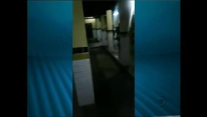 Abordagem da PM em uma escola termina em agressão