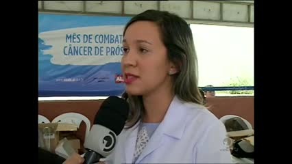 Moradores de grota no Jacintinho recebem ação de secretarias de Saúde