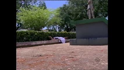 Morador de rua foi encontrado morto na Praça Centenário