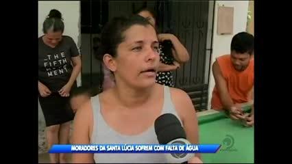 Moradores da Santa Lúcia sofrem com falta de água