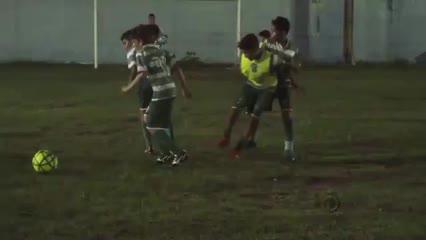 Conheça a Escolinha de futebol Primeira Camisa