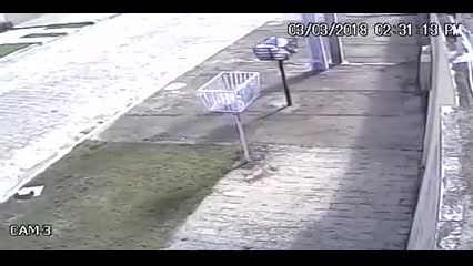 Imagens mostram tremor na Rua Moacyr Tavares Lopes