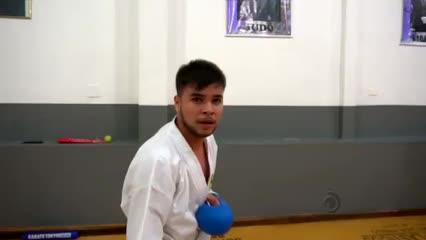 Conheça a história do karateca alagoano Fernando Barros