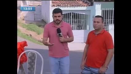 Moradores denunciam surgimento de buraco em rua no Jacintinho