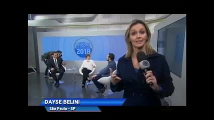 Record TV exibe a segunda entrevista com presidenciáveis