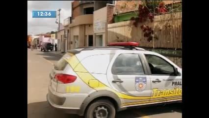 Assaltantes explodiram cofre de agência bancária em Igreja Nova