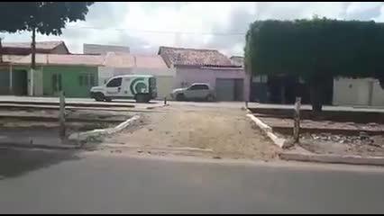 Condutor de cinquentinha morre após colidir com Corolla em Arapiraca