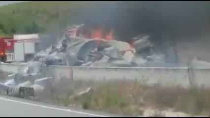 Caminhão carregado de algodão pega fogo em Messias