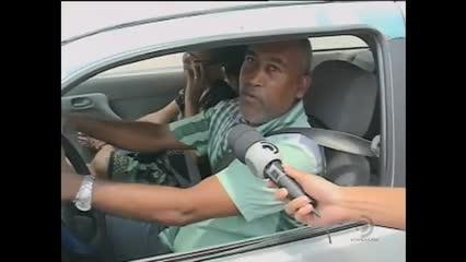 Combinação de celular e volante aumenta em 400% as chances de acidentes no trânsito