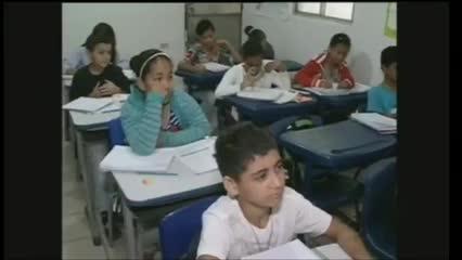 Secretarias de educação adotam medidas para diminuir o número de alunos em atraso escolar