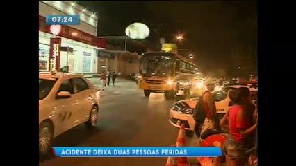 Acidente na Avenida Fernandes Lima deixa duas pessoas feridas