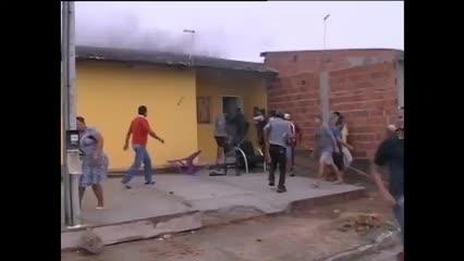 Flagrante: mais casas pegam fogo na Forene