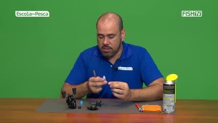 Como fazer a limpeza periódica e a lubrificação da carretilha
