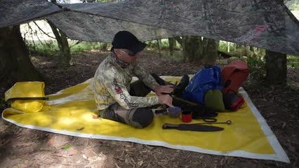Itens e acessórios para travessia e acampamento