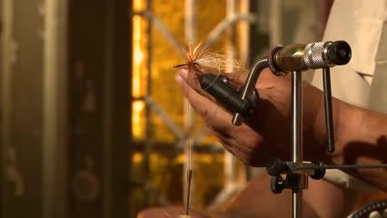 Camarão e streamer atados com bexiga