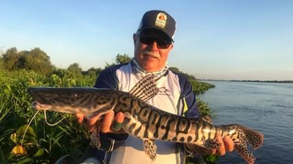 Pesca pantaneira e companheirismo