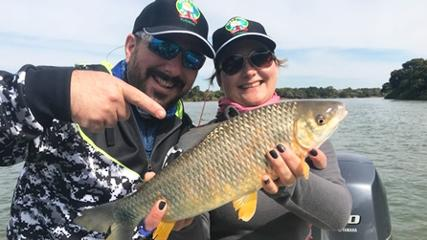 Pesca em casal na Argentina