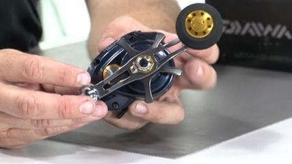 Pezão testa a carretilha Lexa da marca Daiwa
