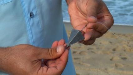 Como escolher o chumbo certo e localizar canais na beira do mar