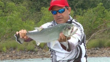 Pescaria de cachorras e bicudas na seca do rio Tapajós