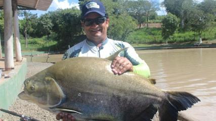 Dia de pesca no Recanto dos Peixes