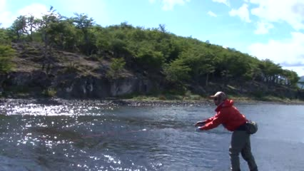 Pescaria de truta na patagônia chilena