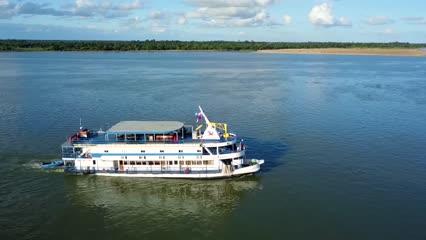 Destinos - A bordo do Pérola do Iguaçu