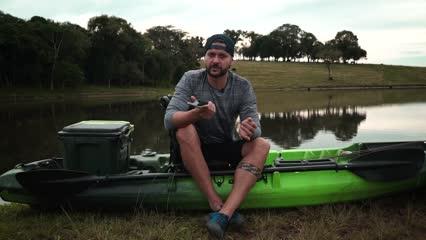 Planejamento do dia de pesca com o caiaque