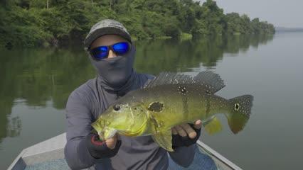 Pescaria de tucunarés com o Ecolodge da Barra