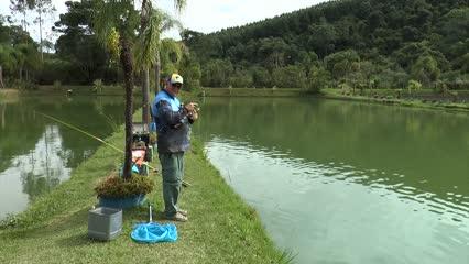 Pescaria de tilápias com fly e fly caipira