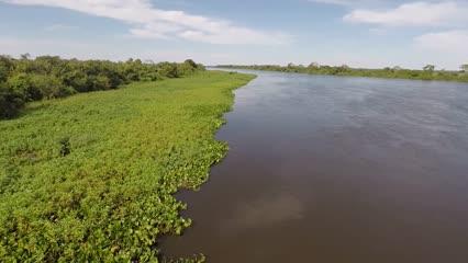 Pescaria em família no Pantanal