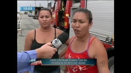 Quatro casas pegaram fogo no Residencial Recanto das Lagoas