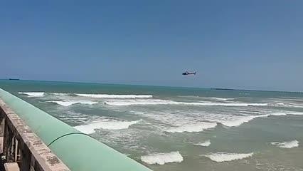 Adolescente desaparece após pular do emissário na Praia do Sobral