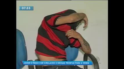 Homem foi preso com um simulacro no Centro de Maceió