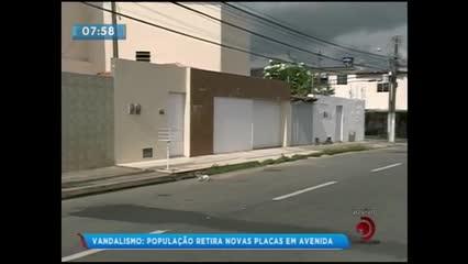 Vandalismo: Placa de sinalização de trânsito foi retirada da Av. Governador Lamenha Filho