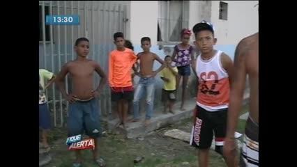 Moradores do Ouro Preto reclamam de esgoto entupido