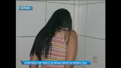 Mulher foi presa por tráfico de drogas em Rio Largo