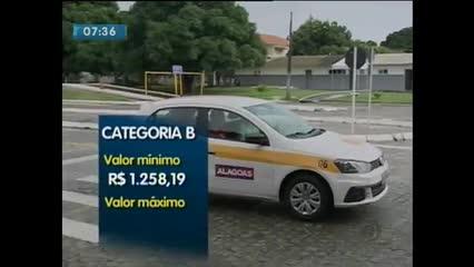 A variação de preços cobrados pelas autoescolas em Maceió