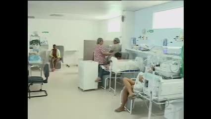 Faltam acomodações para as mães dos bebês na Maternidade Santa Mônica