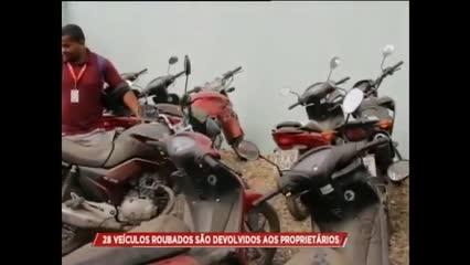 Vinte e um veículos roubados são devolvidos aos proprietários